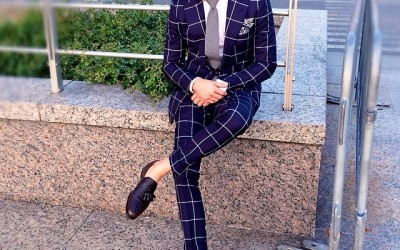 Should You Wear A Full Suit With No Socks?