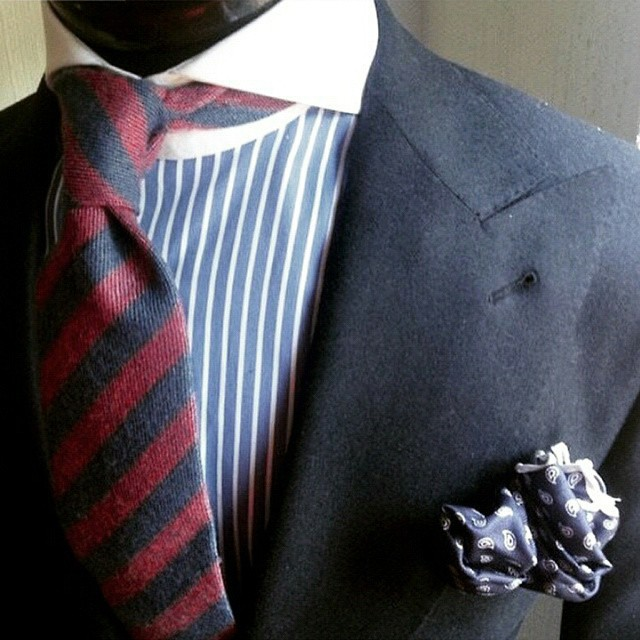 3 basic rules to mix stripes when wearing a suit my for Matching suits with shirts and ties
