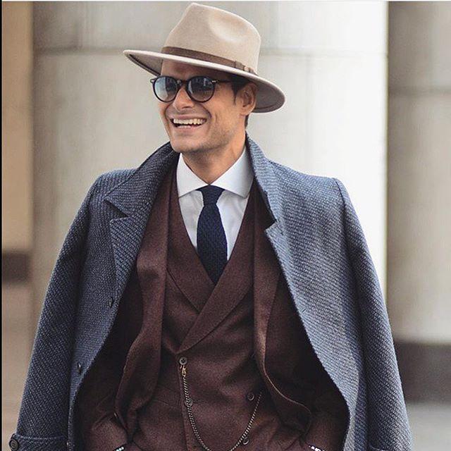 Frank Gallucci brown suit