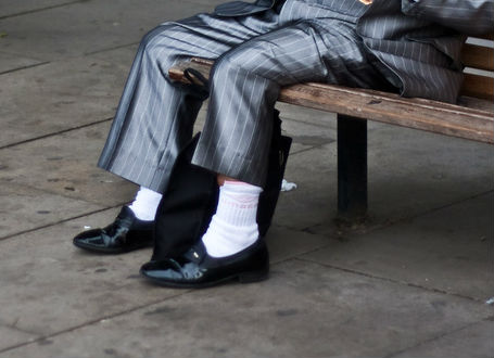 Suit and Tie Donts: Suit and White Socks