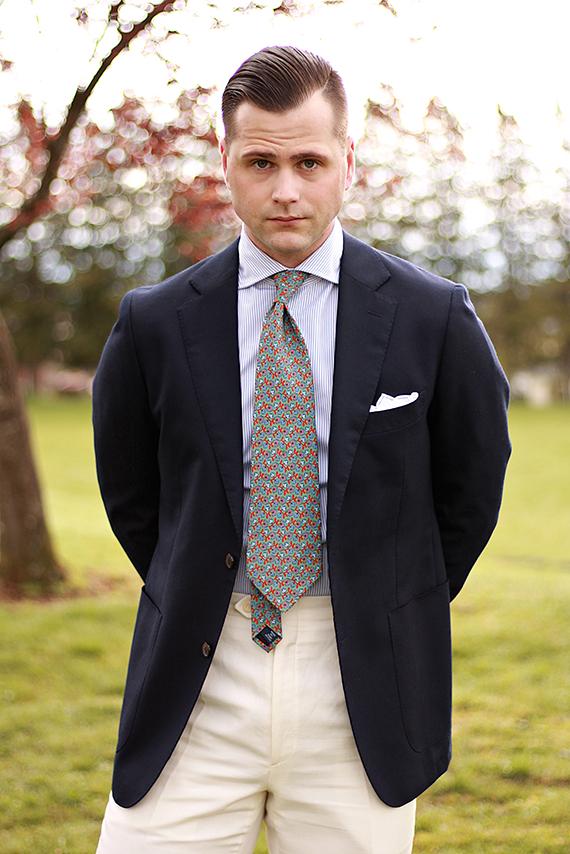 Ollis Floral Tie