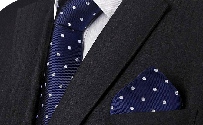 Suit Donts: Matching Tie and Pocket Square