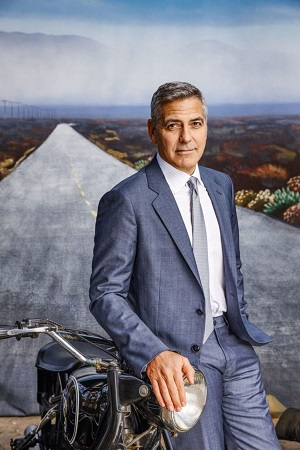 Clooney in gray suit and tie